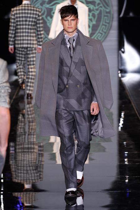 versace-milan-fashion-week-fall-2013-04